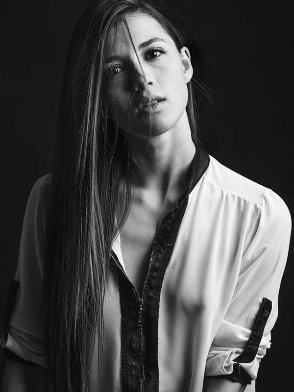 Creative-Models-Agenzia-di-Modelle-Brescia-Oana-01