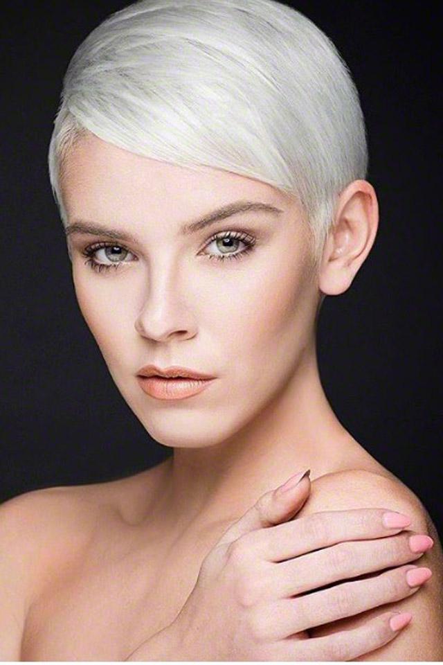 Creative-Models-Agenzia-di-Modelle-Brescia-Modelle-Alessandra-03