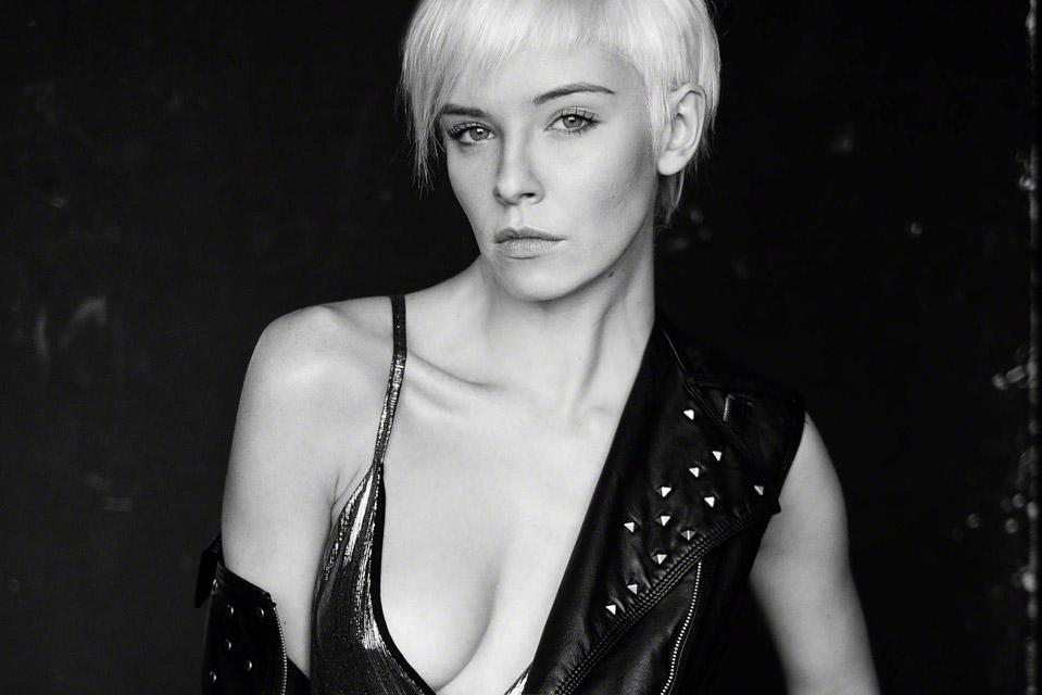 Creative-Models-Agenzia-di-Modelle-Brescia-Modelle-Alessandra-09