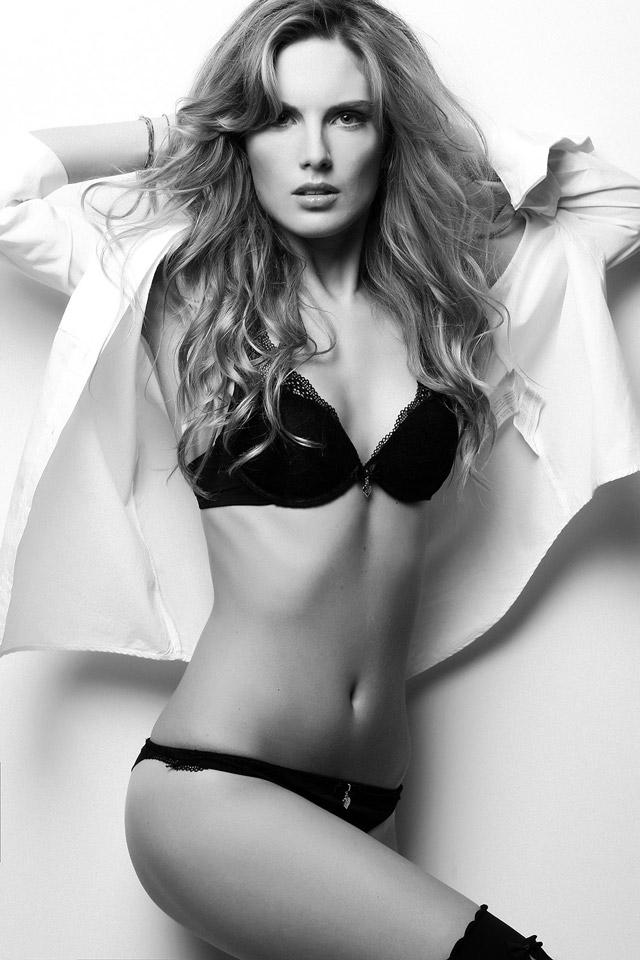 Creative-Models-Agenzia-di-Modelle-Brescia-Modelle-Alessia-M-11