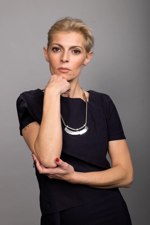 Ramona Modella Over 40 - Creative Models - Agenzia Modelle Brescia