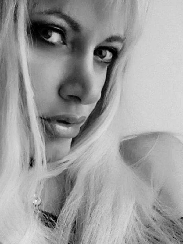 Creative Models Agency - Agenzia di Modelle Brescia - Roberta - Modella Over 40
