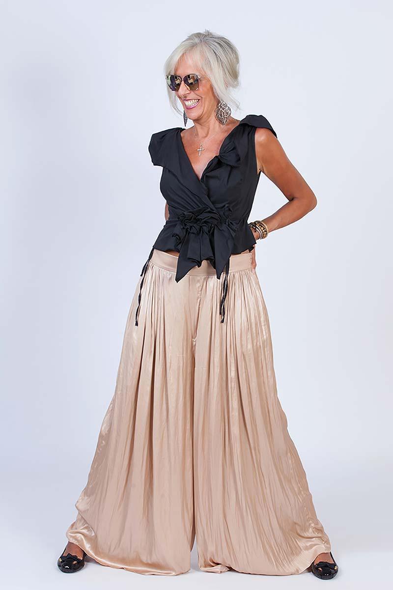 Carmen P - Modella Over 50 - Creative Models - Agenzia Modelle Brescia