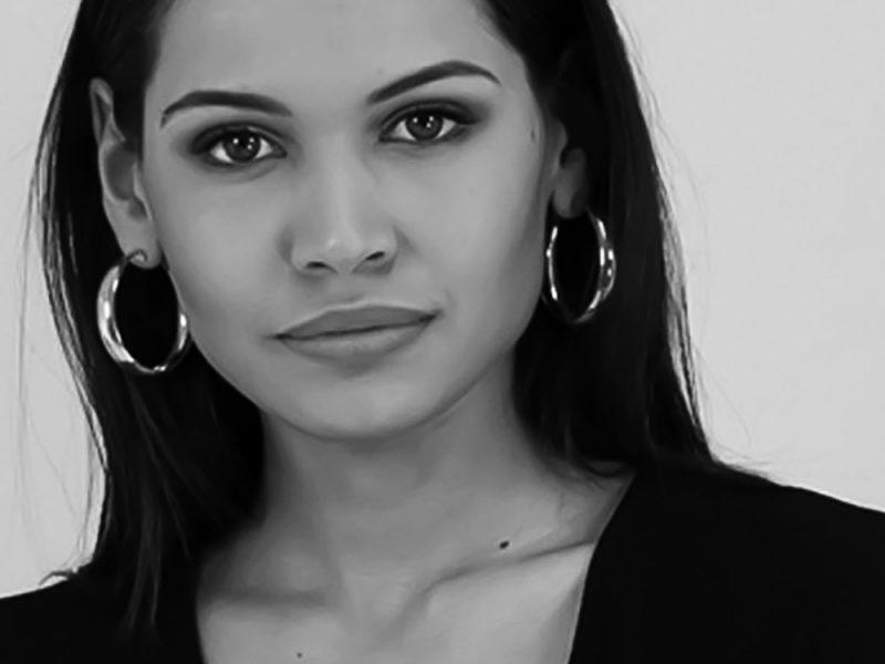 Debora F. - Fotomodella - Creative Models - Agenzia Modelle Brescia