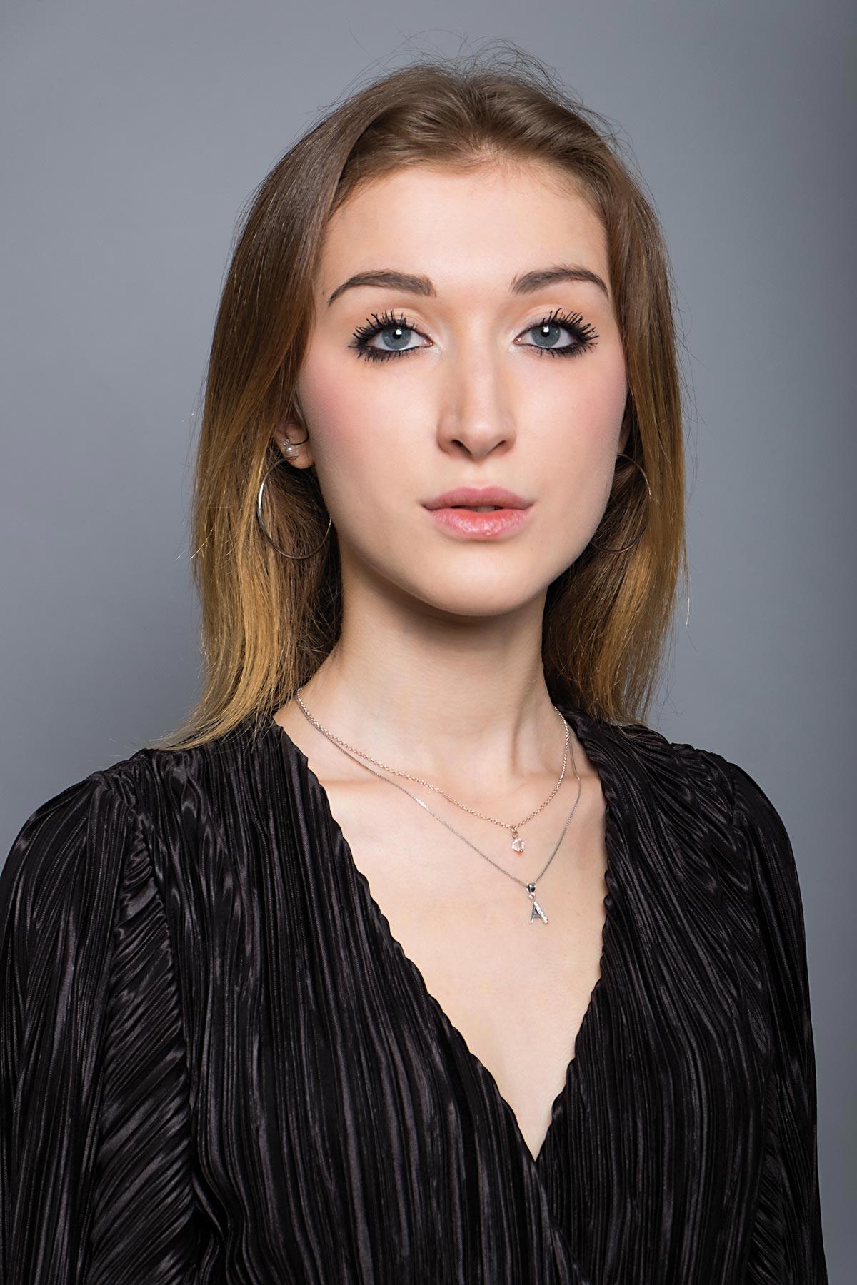 Creative Models -agenzia modelle Brescia - Angelica L